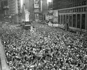 times-square-on-vj-day-1945